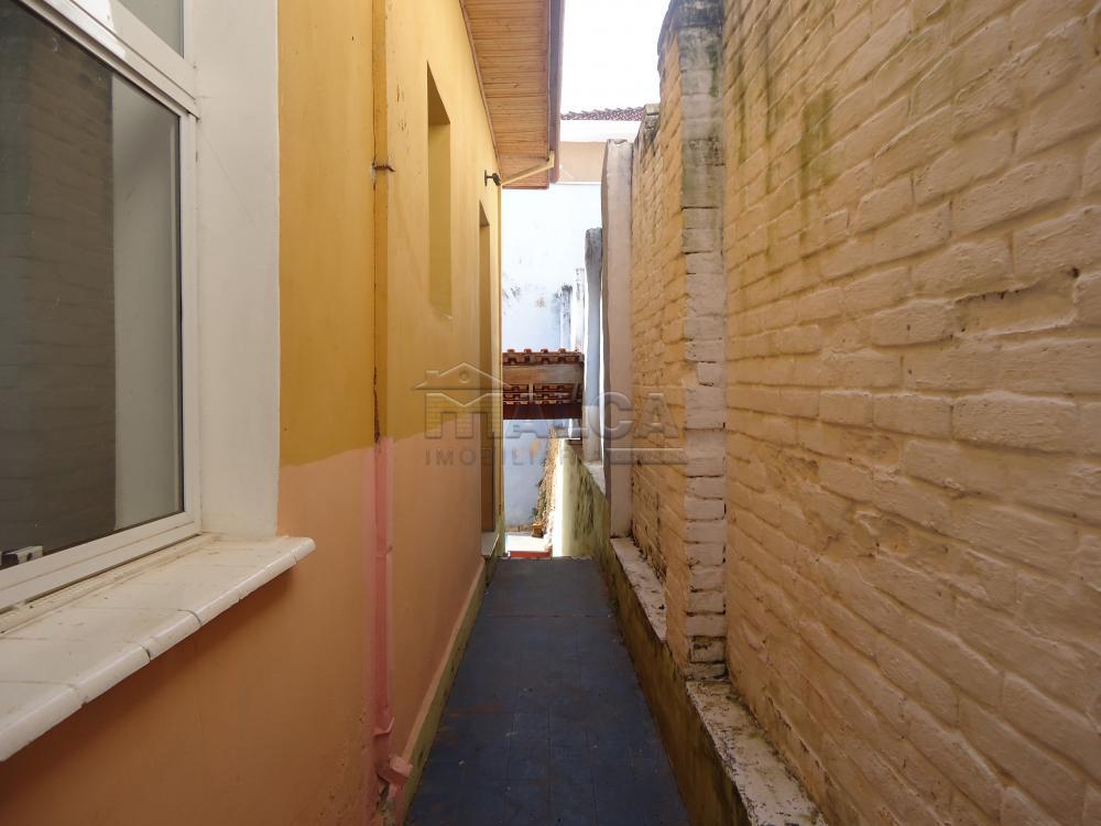 Alugar Casas / Padrão em São José do Rio Pardo R$ 1.700,00 - Foto 35