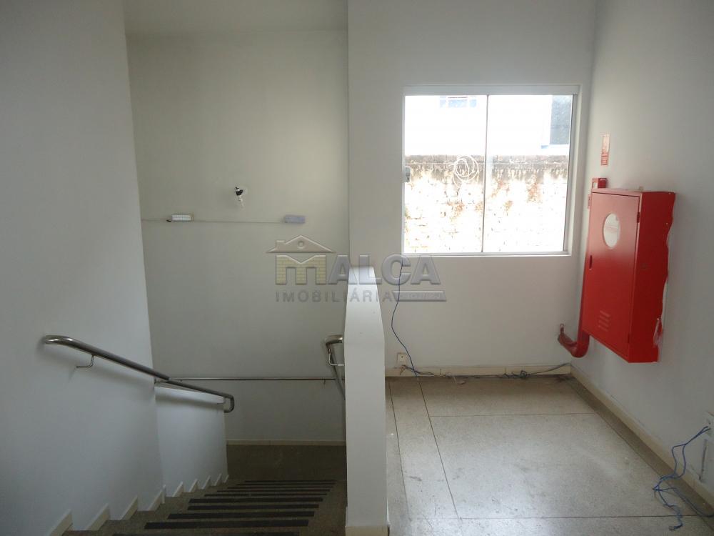 Alugar Comerciais / Salões em São José do Rio Pardo R$ 2.500,00 - Foto 17