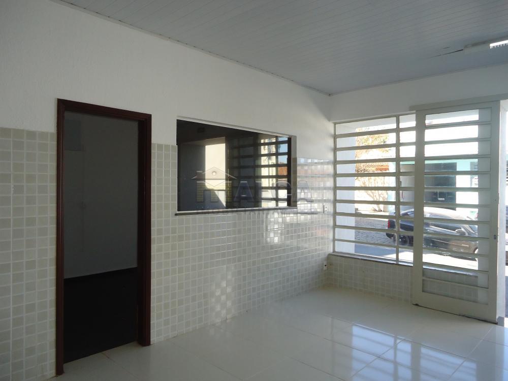 Alugar Comerciais / Salões em São José do Rio Pardo R$ 2.500,00 - Foto 7