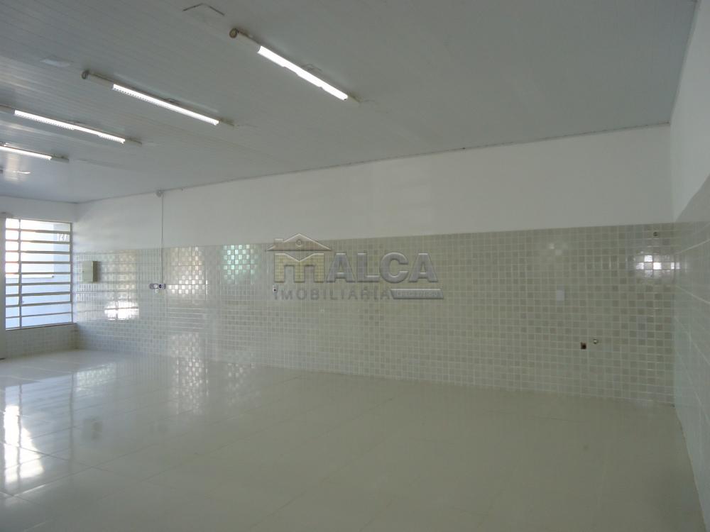 Alugar Comerciais / Salões em São José do Rio Pardo R$ 2.500,00 - Foto 15