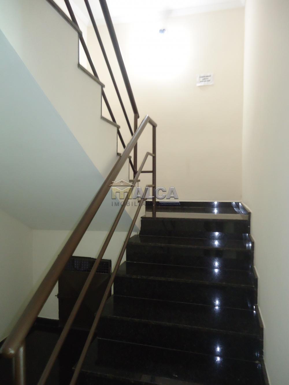 Alugar Apartamentos / Padrão em São José do Rio Pardo apenas R$ 1.500,00 - Foto 5