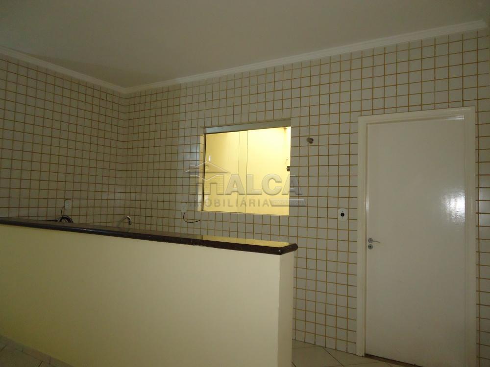 Alugar Apartamentos / Padrão em São José do Rio Pardo apenas R$ 1.500,00 - Foto 9