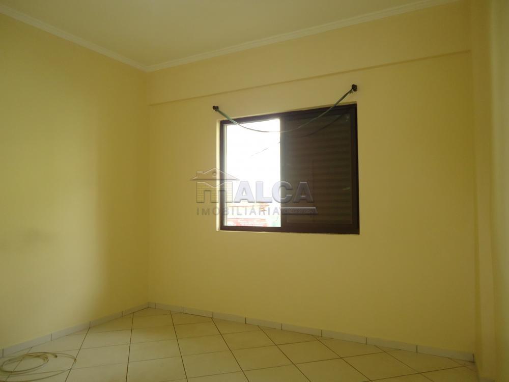Alugar Apartamentos / Padrão em São José do Rio Pardo apenas R$ 1.500,00 - Foto 16