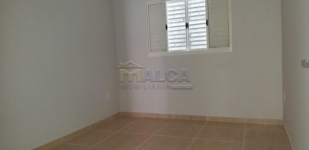 Alugar Casas / Padrão em São José do Rio Pardo apenas R$ 900,00 - Foto 7