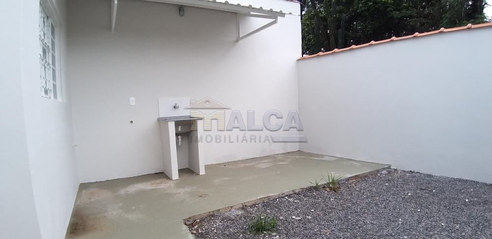 Alugar Casas / Padrão em São José do Rio Pardo apenas R$ 900,00 - Foto 12