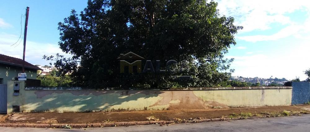 Comprar Terrenos / Padrão em São José do Rio Pardo R$ 300.000,00 - Foto 1