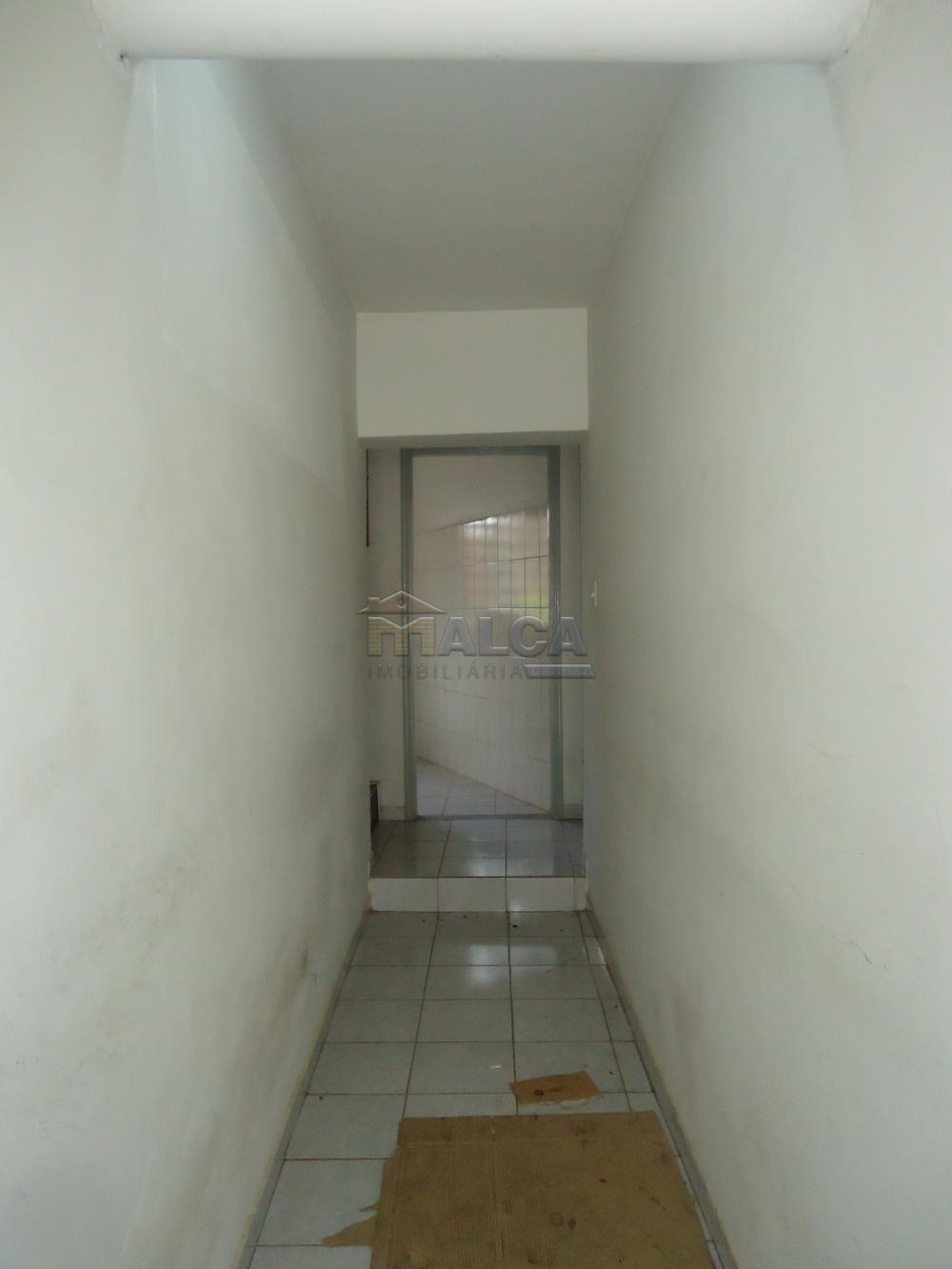 Alugar Casas / Padrão em São José do Rio Pardo apenas R$ 670,00 - Foto 3
