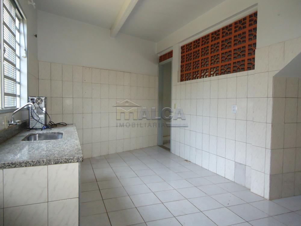 Alugar Casas / Padrão em São José do Rio Pardo apenas R$ 670,00 - Foto 7