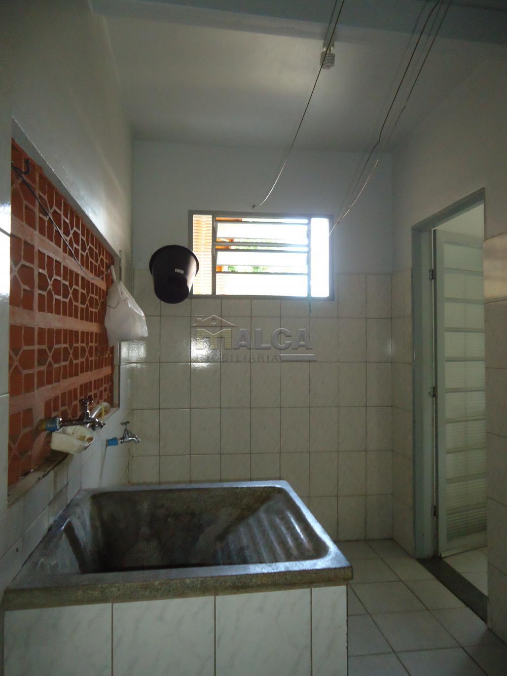 Alugar Casas / Padrão em São José do Rio Pardo apenas R$ 670,00 - Foto 12