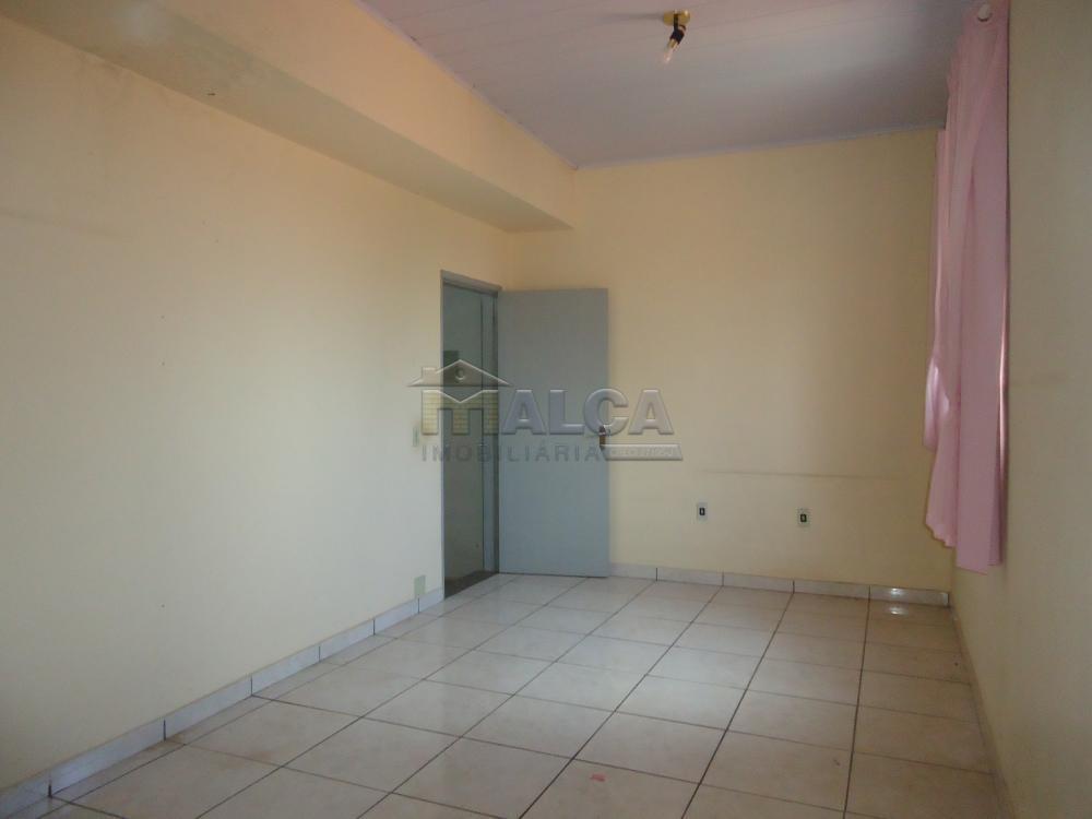 Alugar Casas / Padrão em São José do Rio Pardo apenas R$ 670,00 - Foto 31