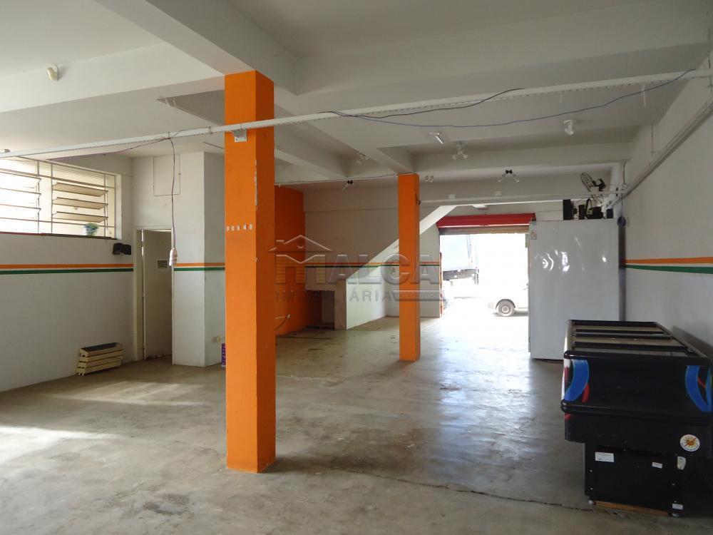 Alugar Comerciais / Salões em São José do Rio Pardo apenas R$ 1.200,00 - Foto 5