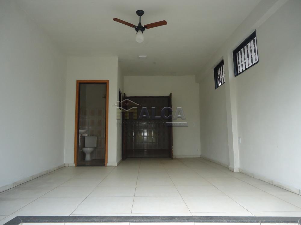 Alugar Comerciais / Salões em São José do Rio Pardo apenas R$ 770,00 - Foto 3