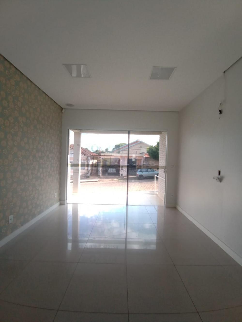 Alugar Comerciais / Salas em São José do Rio Pardo apenas R$ 3.500,00 - Foto 3