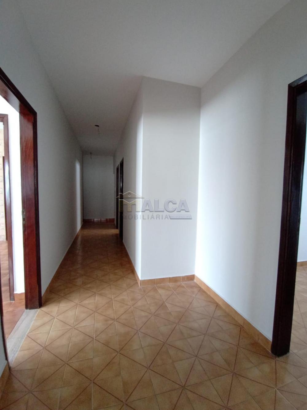 Alugar Casas / Padrão em São José do Rio Pardo apenas R$ 2.500,00 - Foto 7