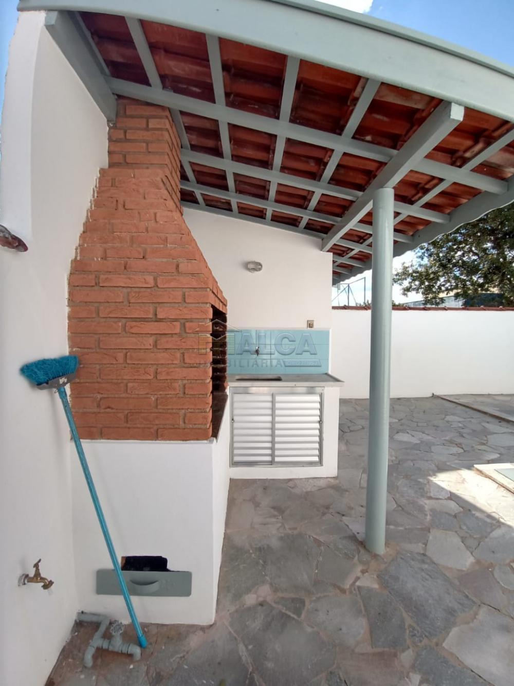 Alugar Casas / Padrão em São José do Rio Pardo apenas R$ 2.500,00 - Foto 27