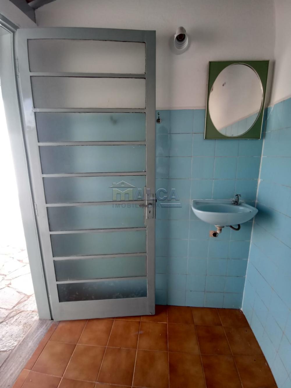 Alugar Casas / Padrão em São José do Rio Pardo apenas R$ 2.500,00 - Foto 29