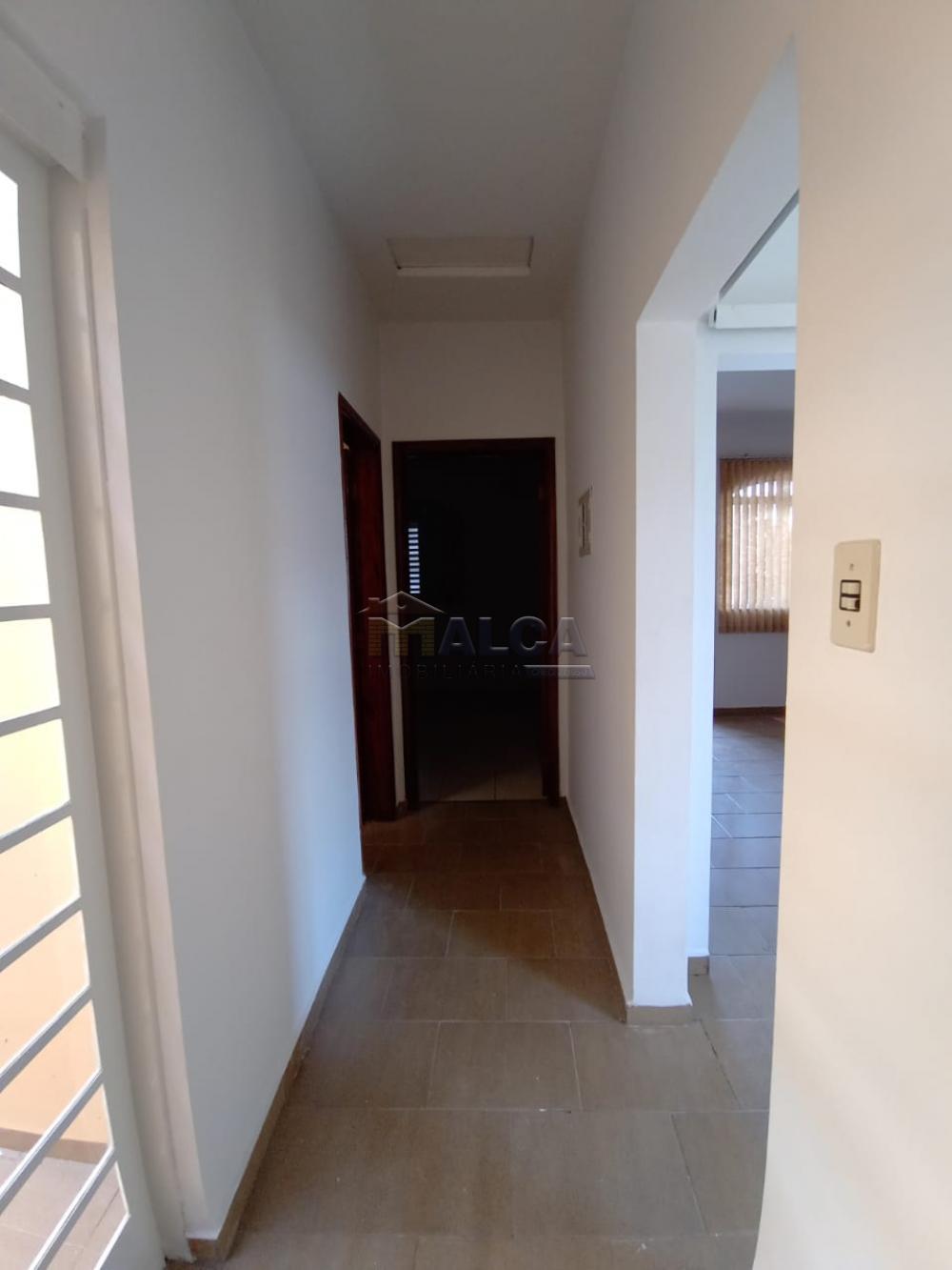 Alugar Casas / Padrão em São José do Rio Pardo apenas R$ 1.500,00 - Foto 13