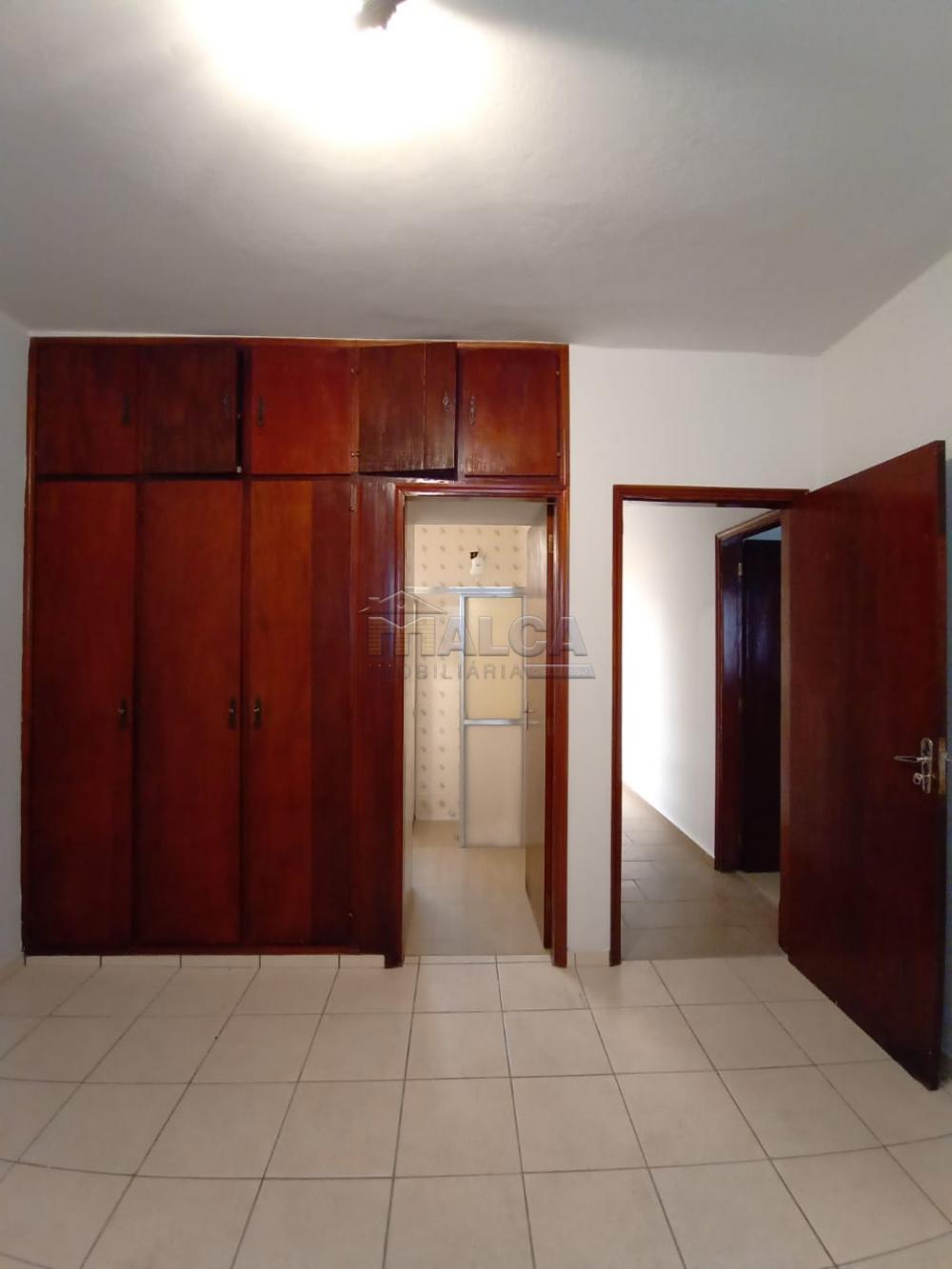 Alugar Casas / Padrão em São José do Rio Pardo apenas R$ 1.500,00 - Foto 15
