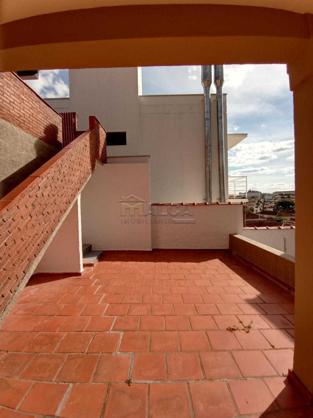 Alugar Casas / Padrão em São José do Rio Pardo apenas R$ 1.500,00 - Foto 29