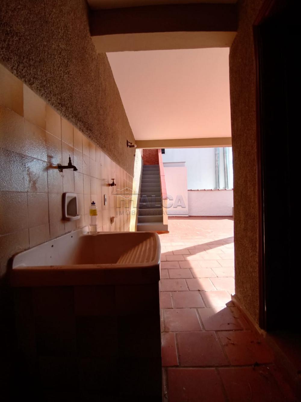 Alugar Casas / Padrão em São José do Rio Pardo apenas R$ 1.500,00 - Foto 32