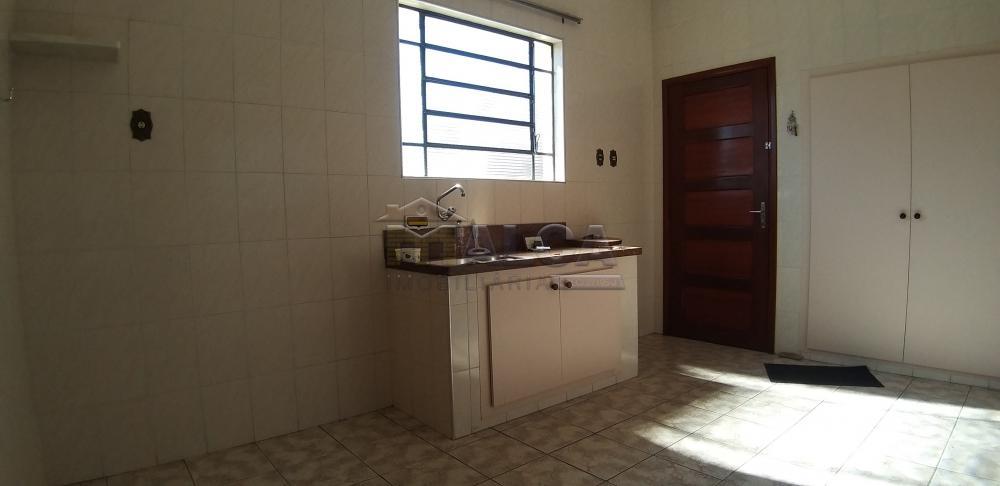 Comprar Casas / Padrão em São José do Rio Pardo apenas R$ 420.000,00 - Foto 7