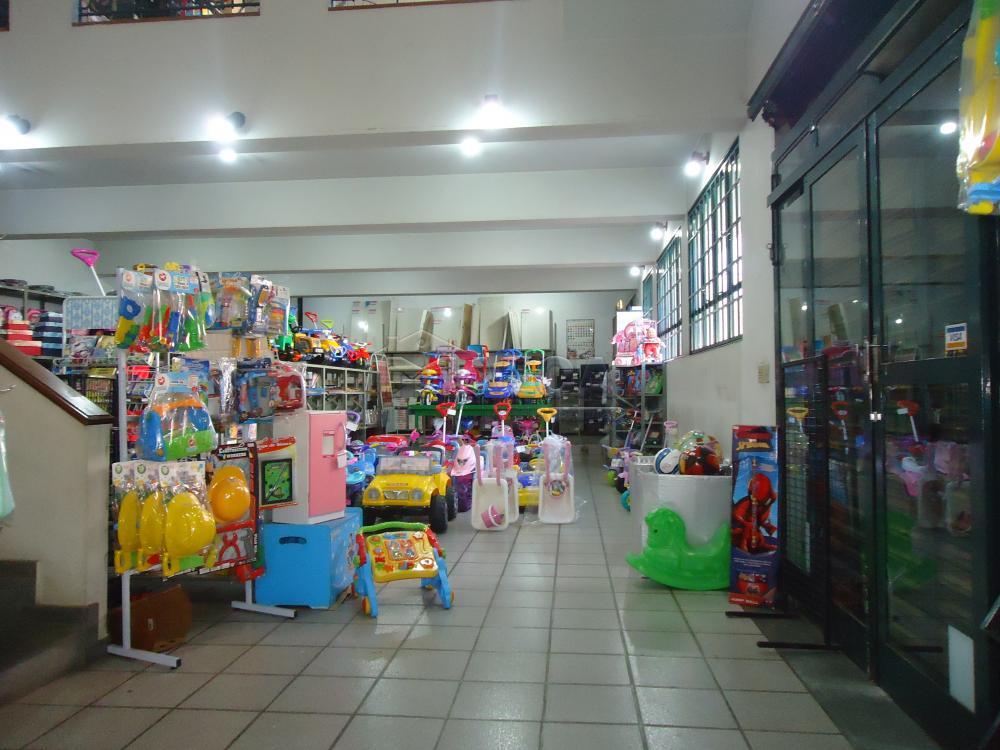 Alugar Comerciais / Salões em São José do Rio Pardo apenas R$ 20.000,00 - Foto 16