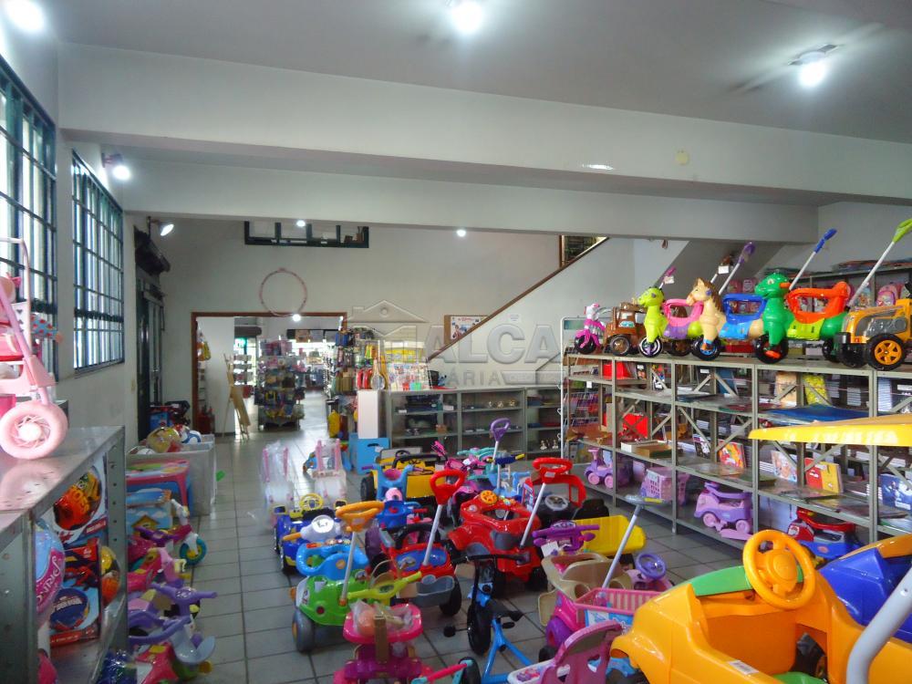 Alugar Comerciais / Salões em São José do Rio Pardo R$ 20.000,00 - Foto 19
