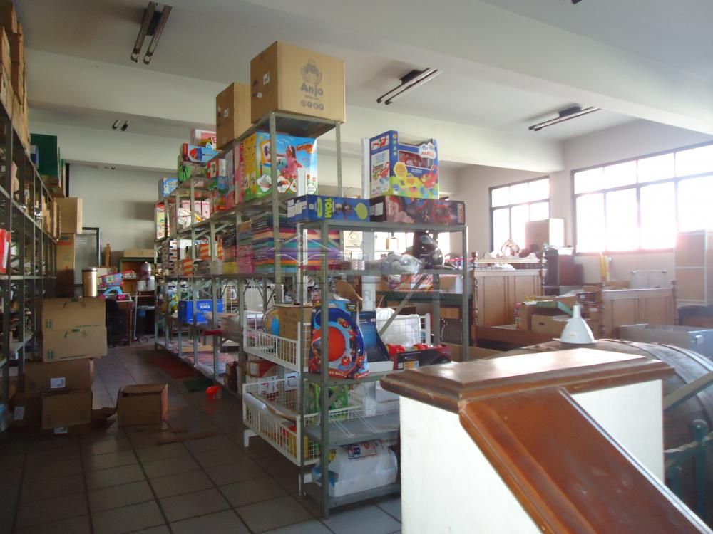 Alugar Comerciais / Salões em São José do Rio Pardo apenas R$ 20.000,00 - Foto 31