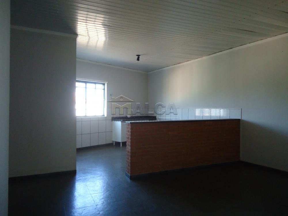 Alugar Apartamentos / Padrão em São José do Rio Pardo apenas R$ 700,00 - Foto 6