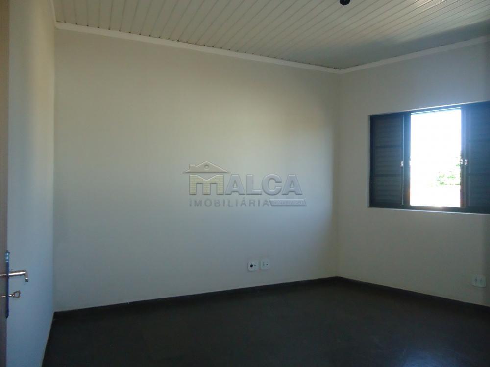 Alugar Apartamentos / Padrão em São José do Rio Pardo apenas R$ 700,00 - Foto 23