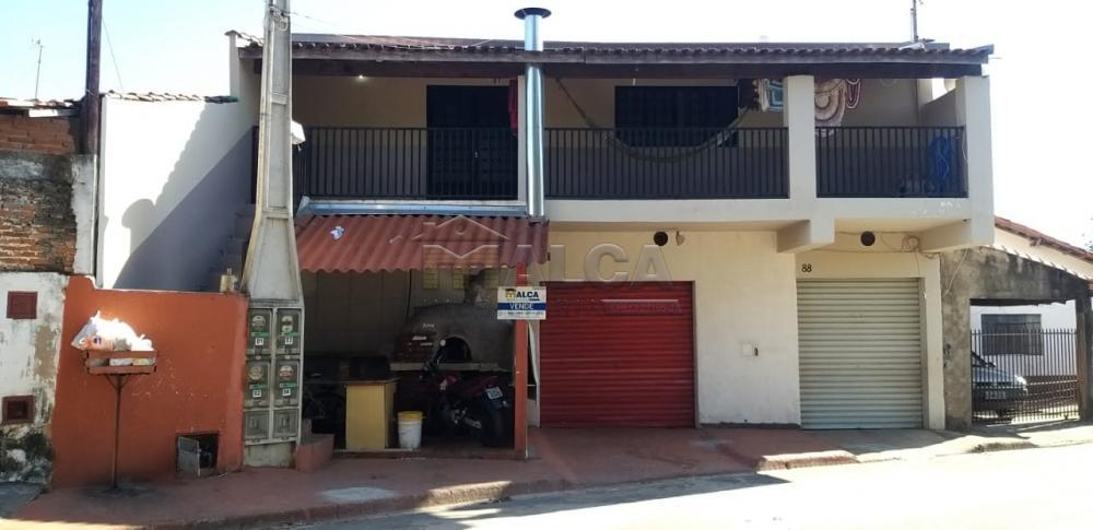 Comprar Casas / Padrão em São José do Rio Pardo apenas R$ 250.000,00 - Foto 1