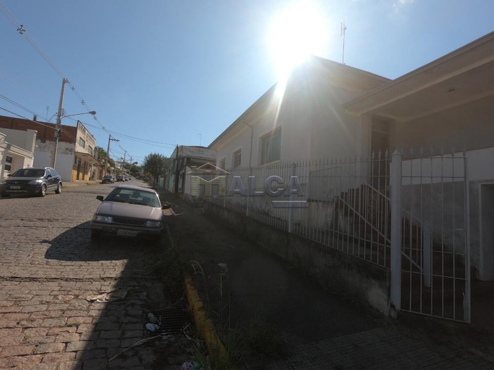 Comprar Casas / Padrão em São José do Rio Pardo apenas R$ 350.000,00 - Foto 3