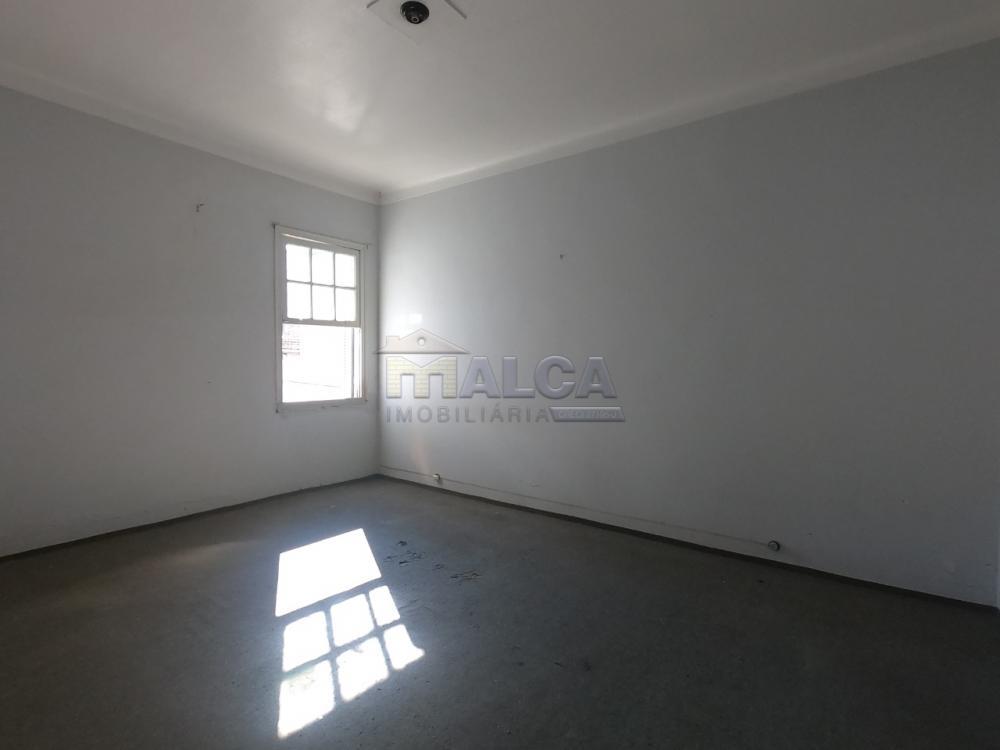 Comprar Casas / Padrão em São José do Rio Pardo apenas R$ 350.000,00 - Foto 8