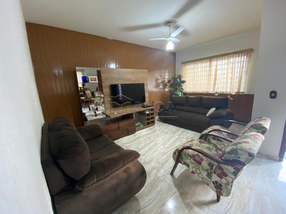 Comprar Casas / Padrão em São José do Rio Pardo apenas R$ 470.000,00 - Foto 2