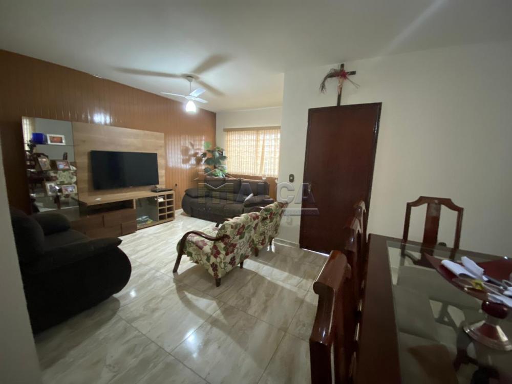 Comprar Casas / Padrão em São José do Rio Pardo apenas R$ 470.000,00 - Foto 3
