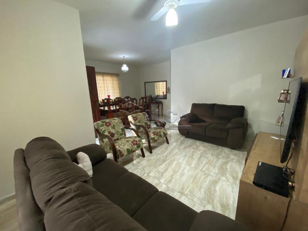 Comprar Casas / Padrão em São José do Rio Pardo apenas R$ 470.000,00 - Foto 4