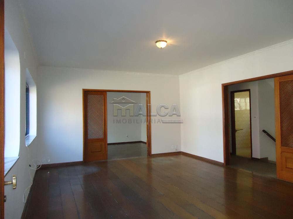 Alugar Casas / Padrão em São José do Rio Pardo apenas R$ 5.500,00 - Foto 5