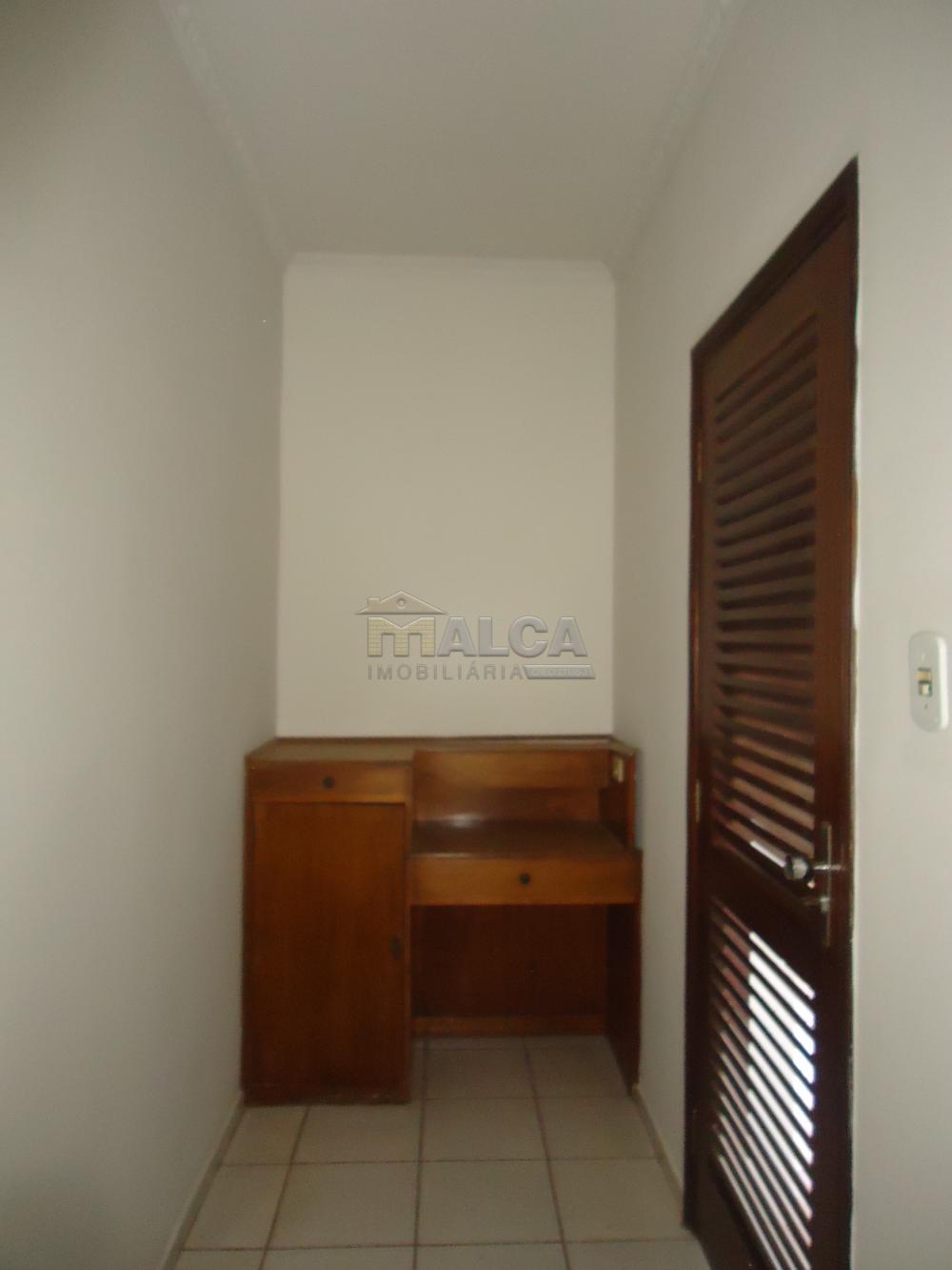Alugar Casas / Padrão em São José do Rio Pardo apenas R$ 5.500,00 - Foto 14