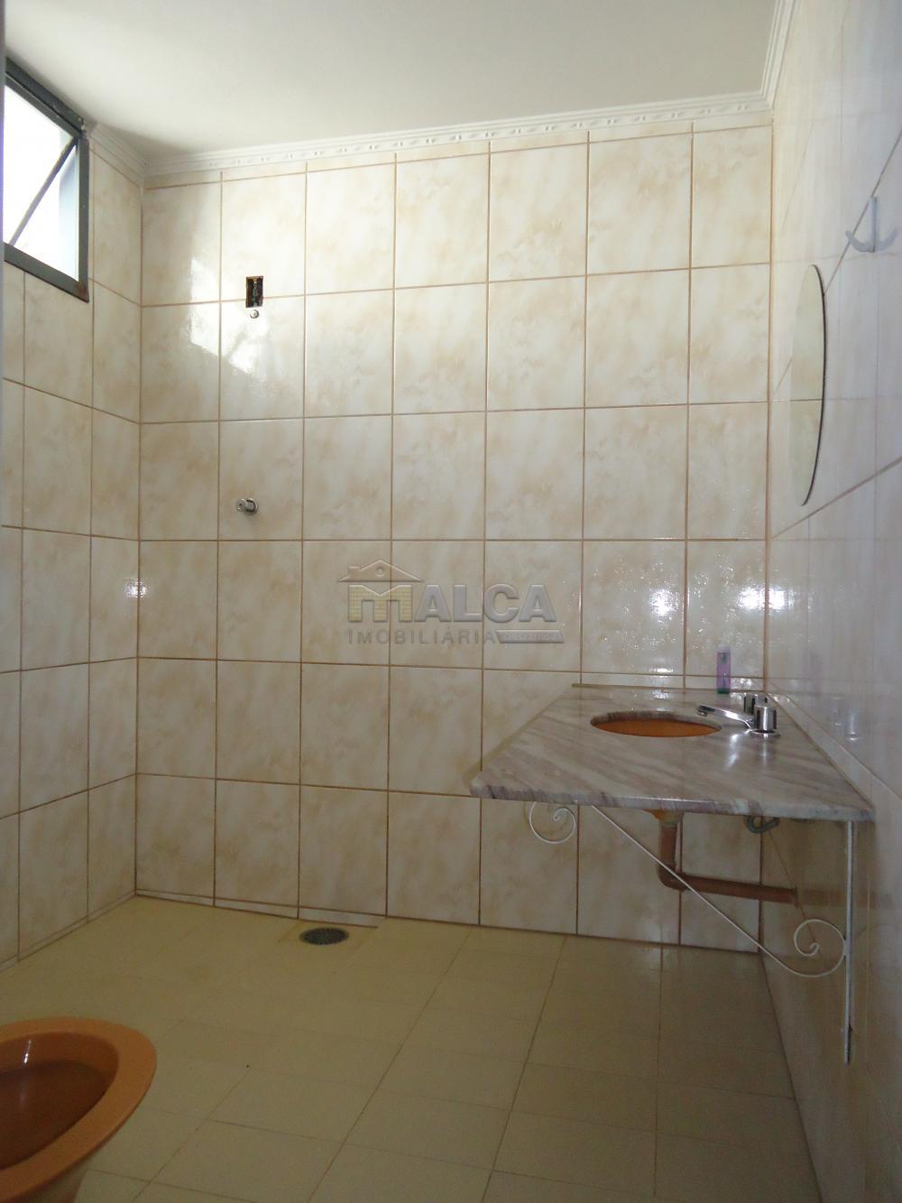 Alugar Casas / Padrão em São José do Rio Pardo apenas R$ 5.500,00 - Foto 23