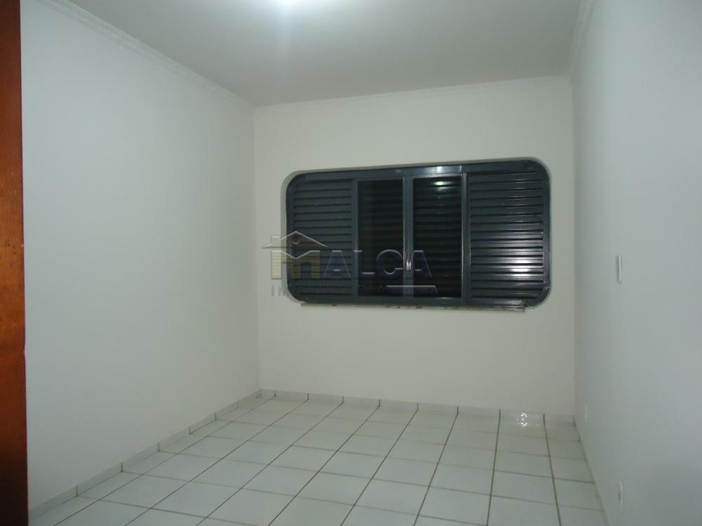 Alugar Casas / Padrão em São José do Rio Pardo apenas R$ 5.500,00 - Foto 26