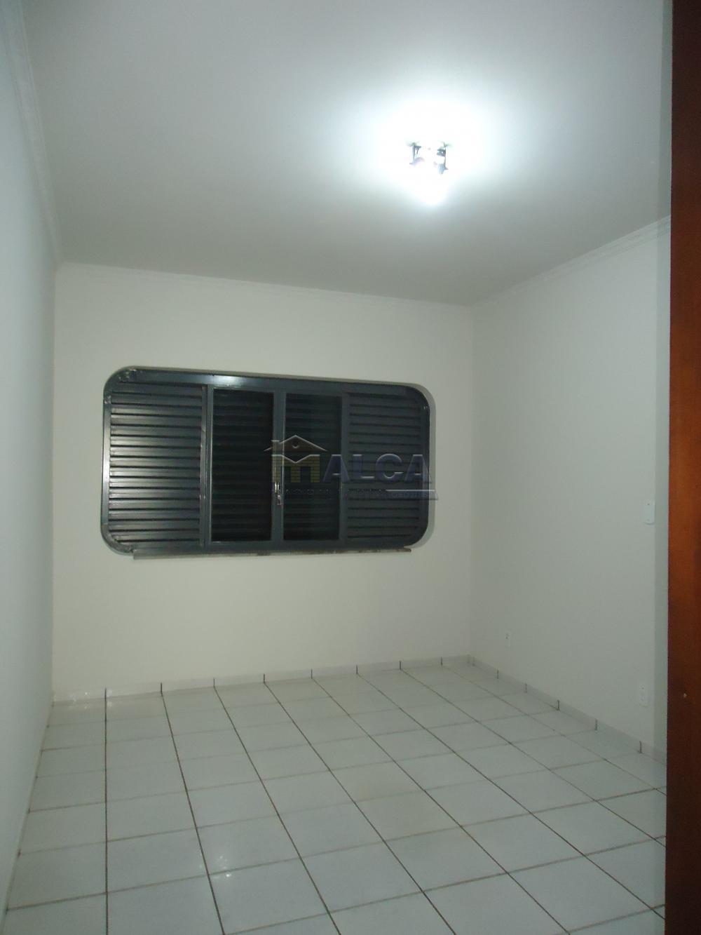Alugar Casas / Padrão em São José do Rio Pardo apenas R$ 5.500,00 - Foto 28