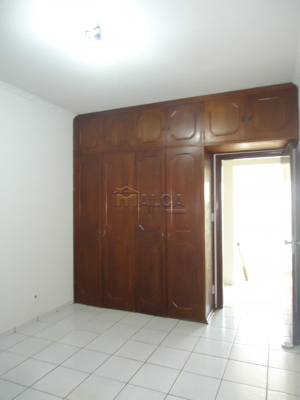 Alugar Casas / Padrão em São José do Rio Pardo apenas R$ 5.500,00 - Foto 29