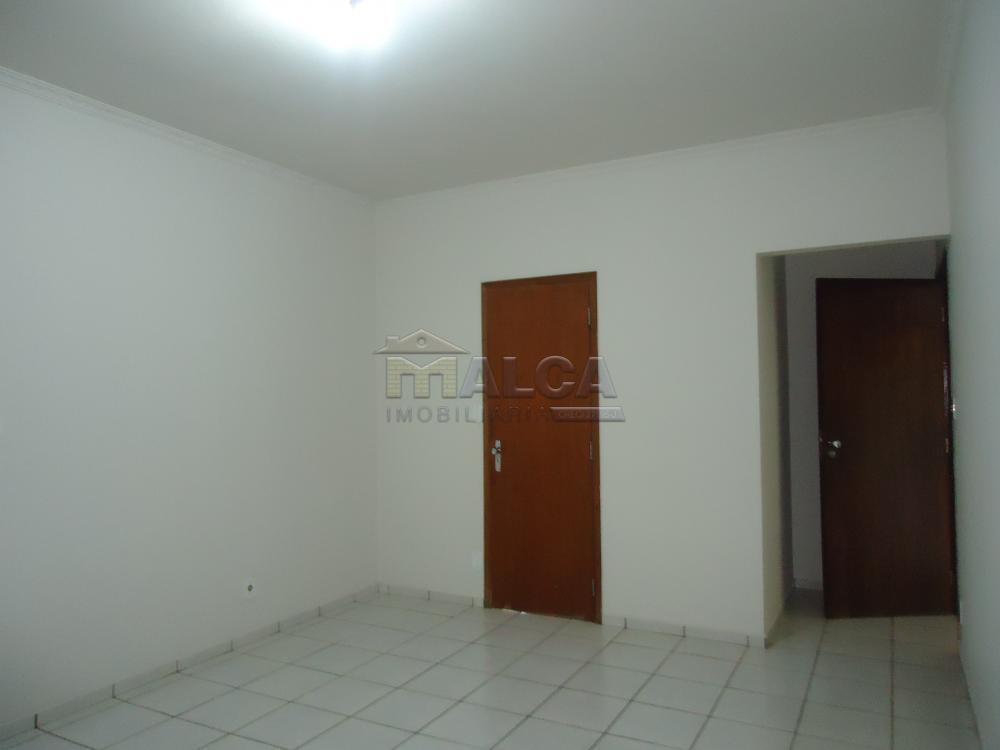 Alugar Casas / Padrão em São José do Rio Pardo apenas R$ 5.500,00 - Foto 34