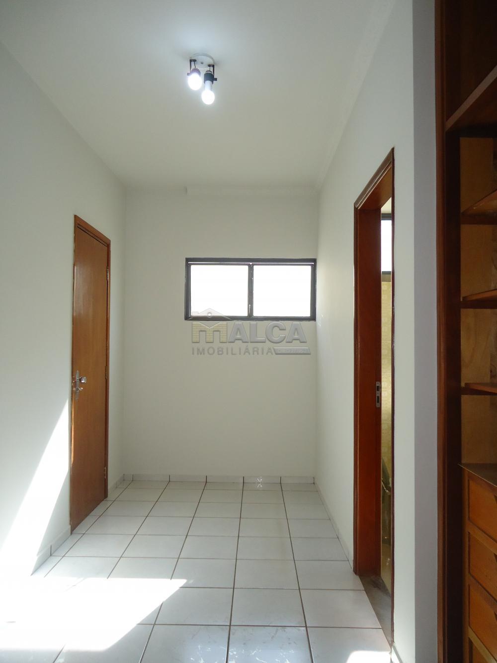 Alugar Casas / Padrão em São José do Rio Pardo apenas R$ 5.500,00 - Foto 35