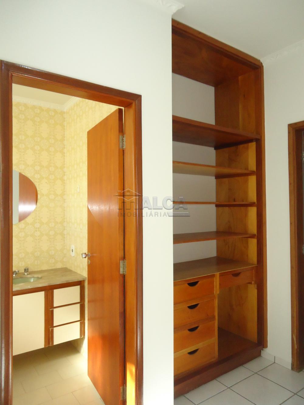 Alugar Casas / Padrão em São José do Rio Pardo apenas R$ 5.500,00 - Foto 36