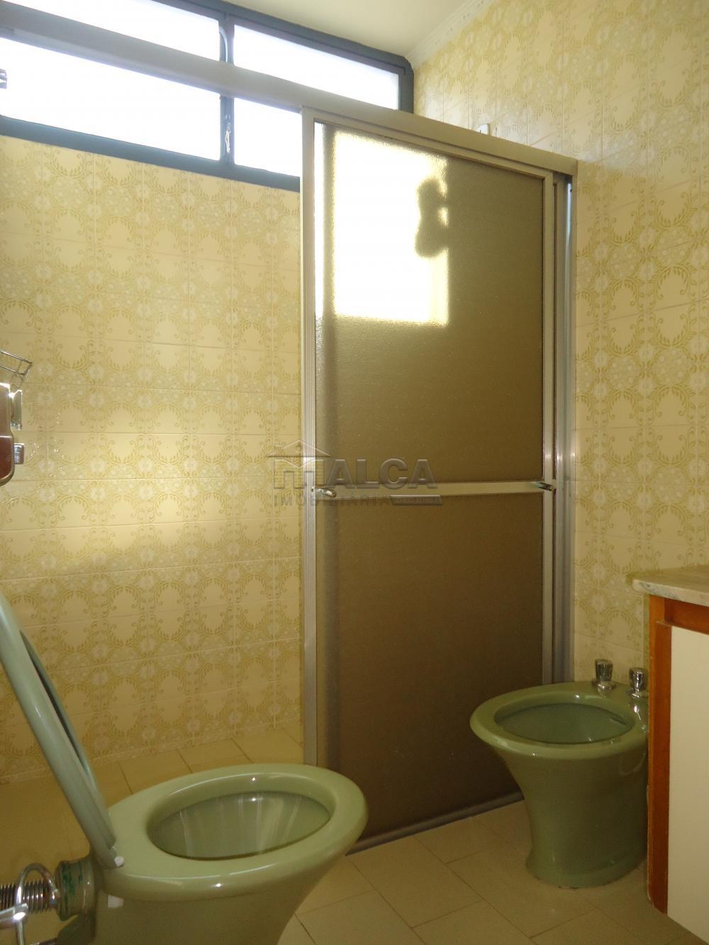 Alugar Casas / Padrão em São José do Rio Pardo apenas R$ 5.500,00 - Foto 38