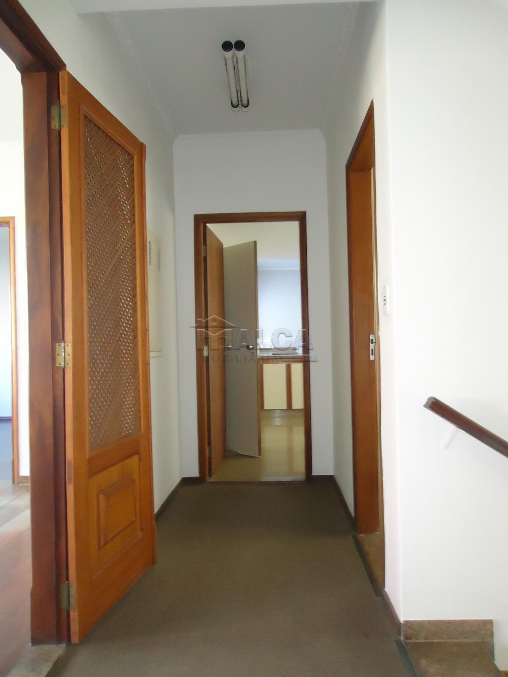 Alugar Casas / Padrão em São José do Rio Pardo apenas R$ 5.500,00 - Foto 43