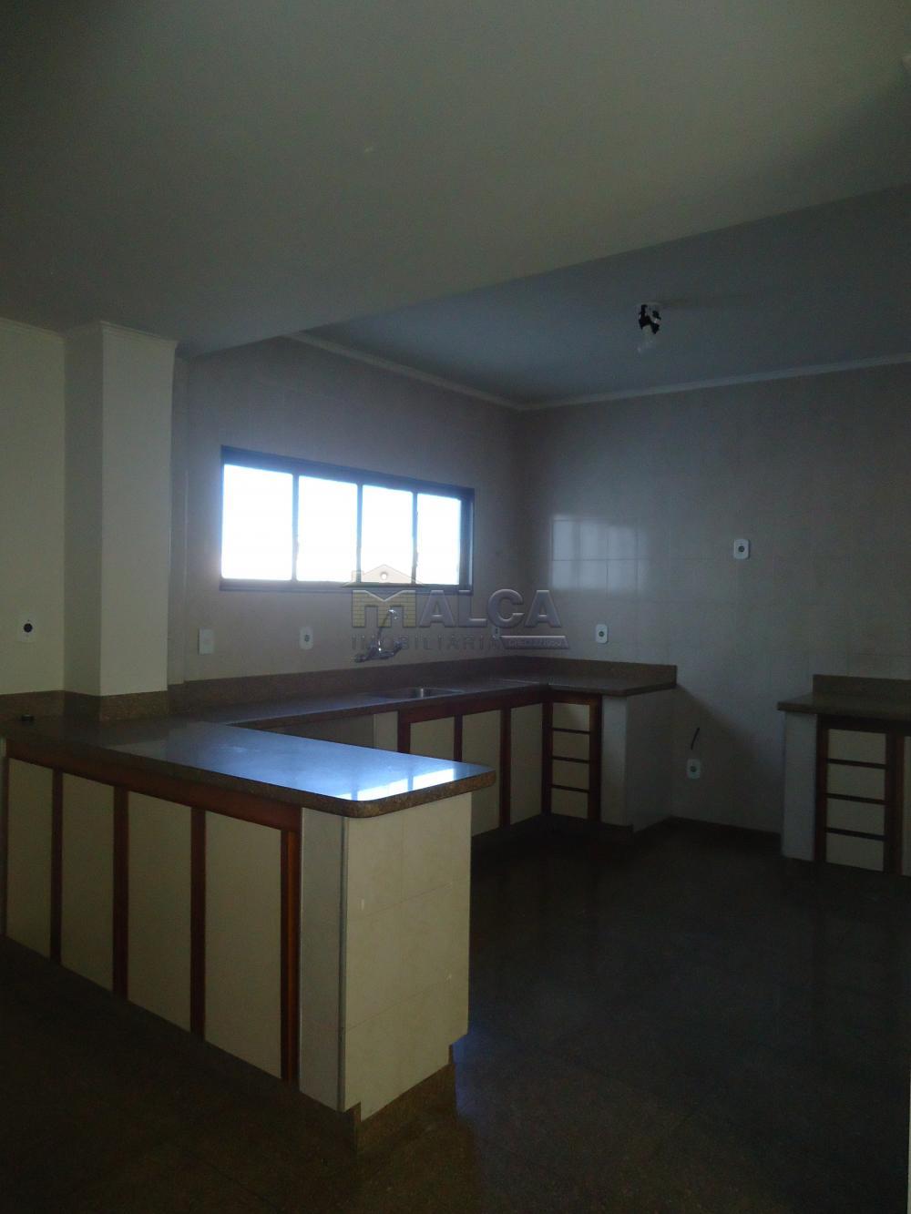 Alugar Casas / Padrão em São José do Rio Pardo apenas R$ 5.500,00 - Foto 47