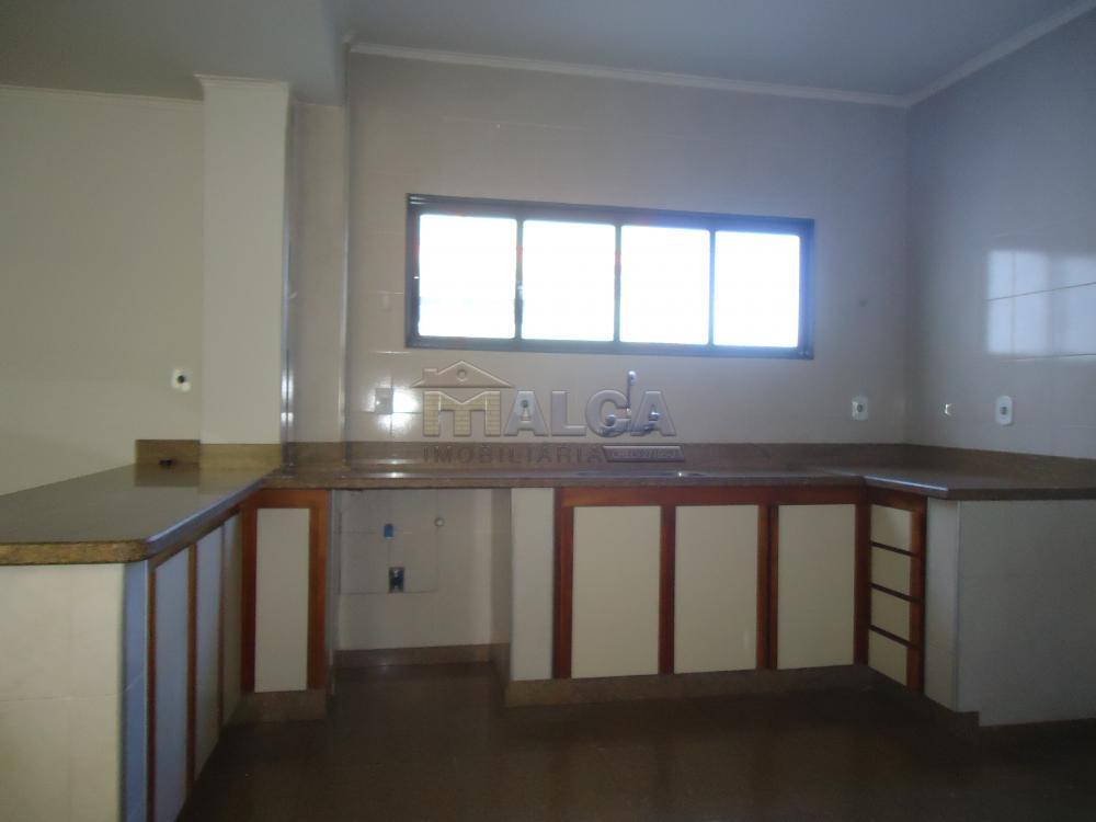 Alugar Casas / Padrão em São José do Rio Pardo apenas R$ 5.500,00 - Foto 48