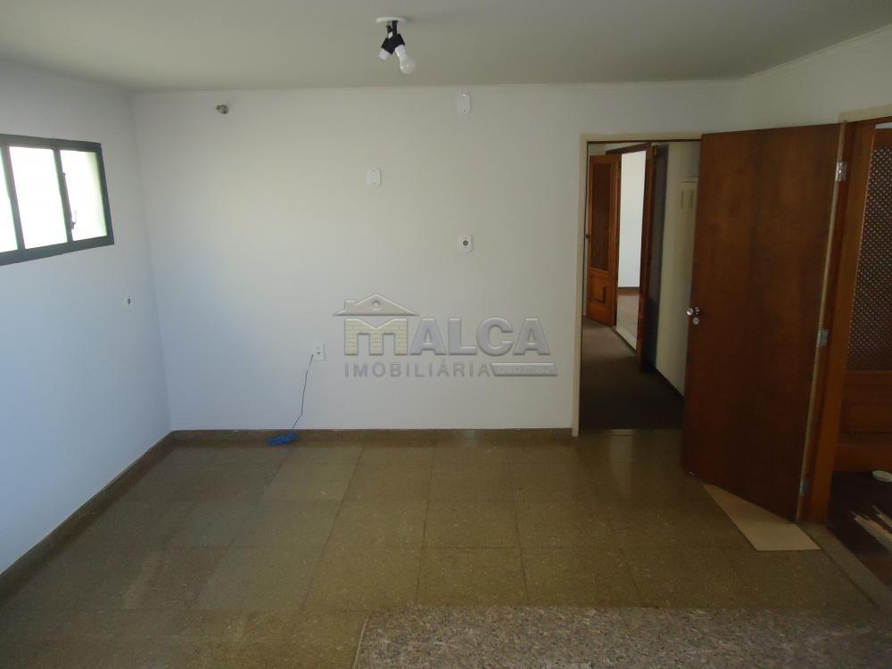 Alugar Casas / Padrão em São José do Rio Pardo apenas R$ 5.500,00 - Foto 51